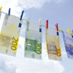 Blanchiment-Argent-Euros-iStock4209343